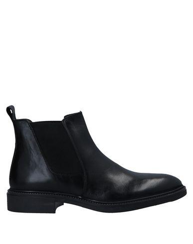 L&G Boots   Footwear by L&G
