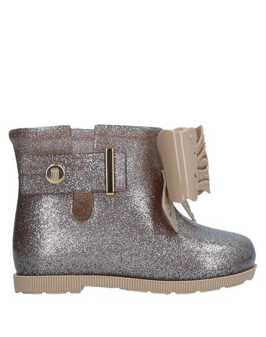 MINI MELISSA Ankle Boot in Sand