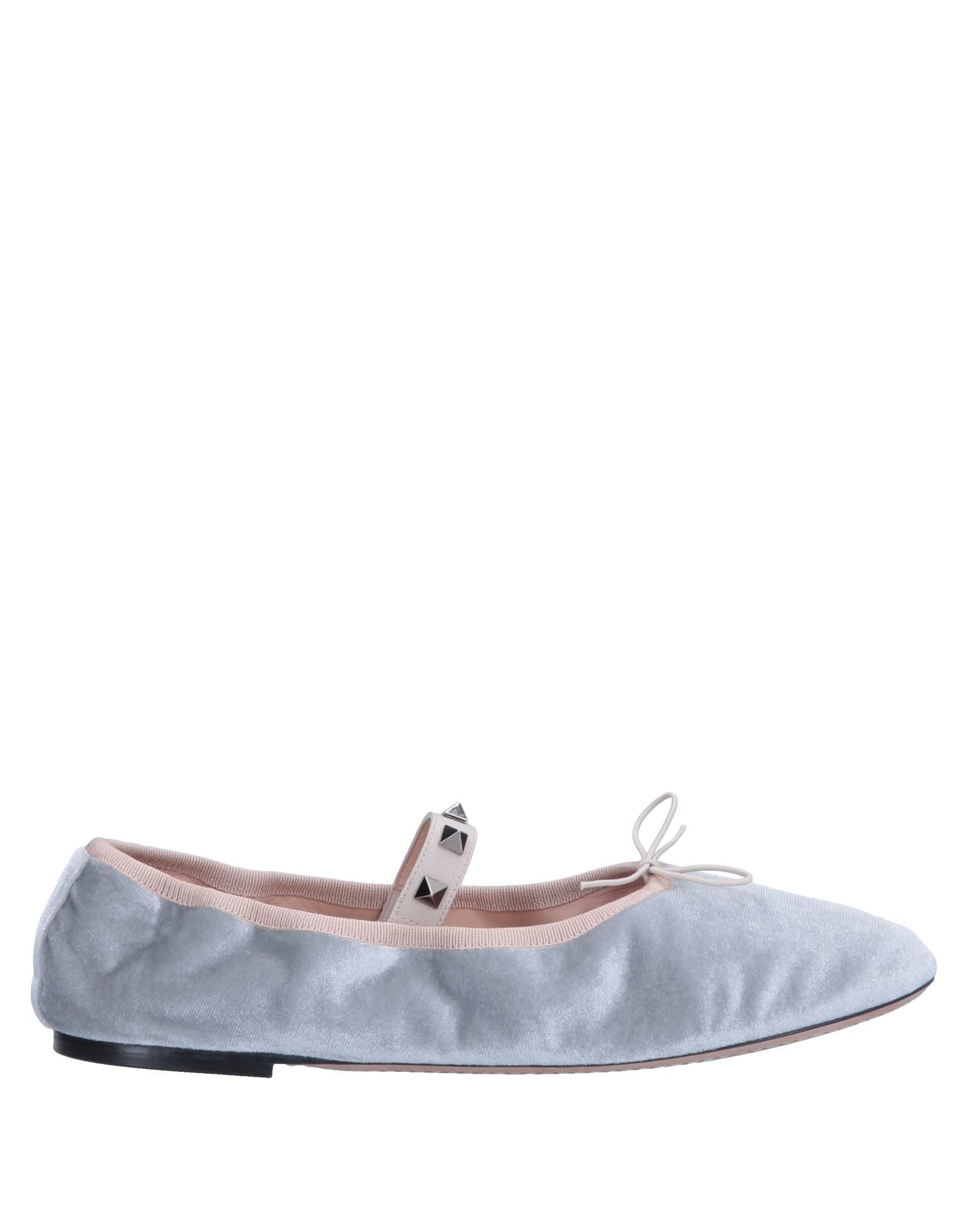 Valentino Garavani Valentino Ballet Flats - Women Valentino Garavani Garavani Ballet Flats online on  United Kingdom - 11554548LK a42918