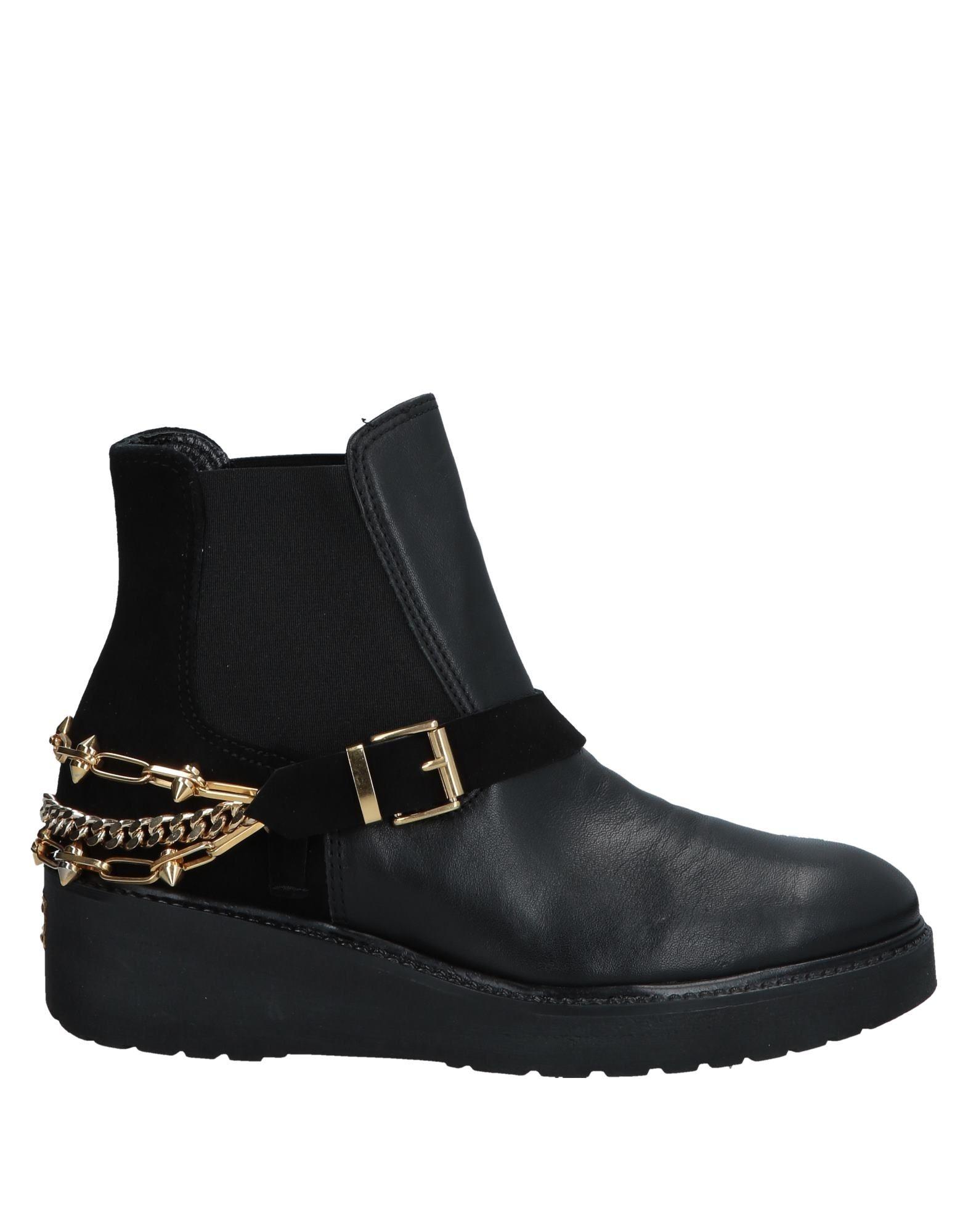 Chiara Ferragni Ankle Boot - Women Chiara Ferragni Ankle Boots - online on  Australia - Boots 11554664KL a0ec7b