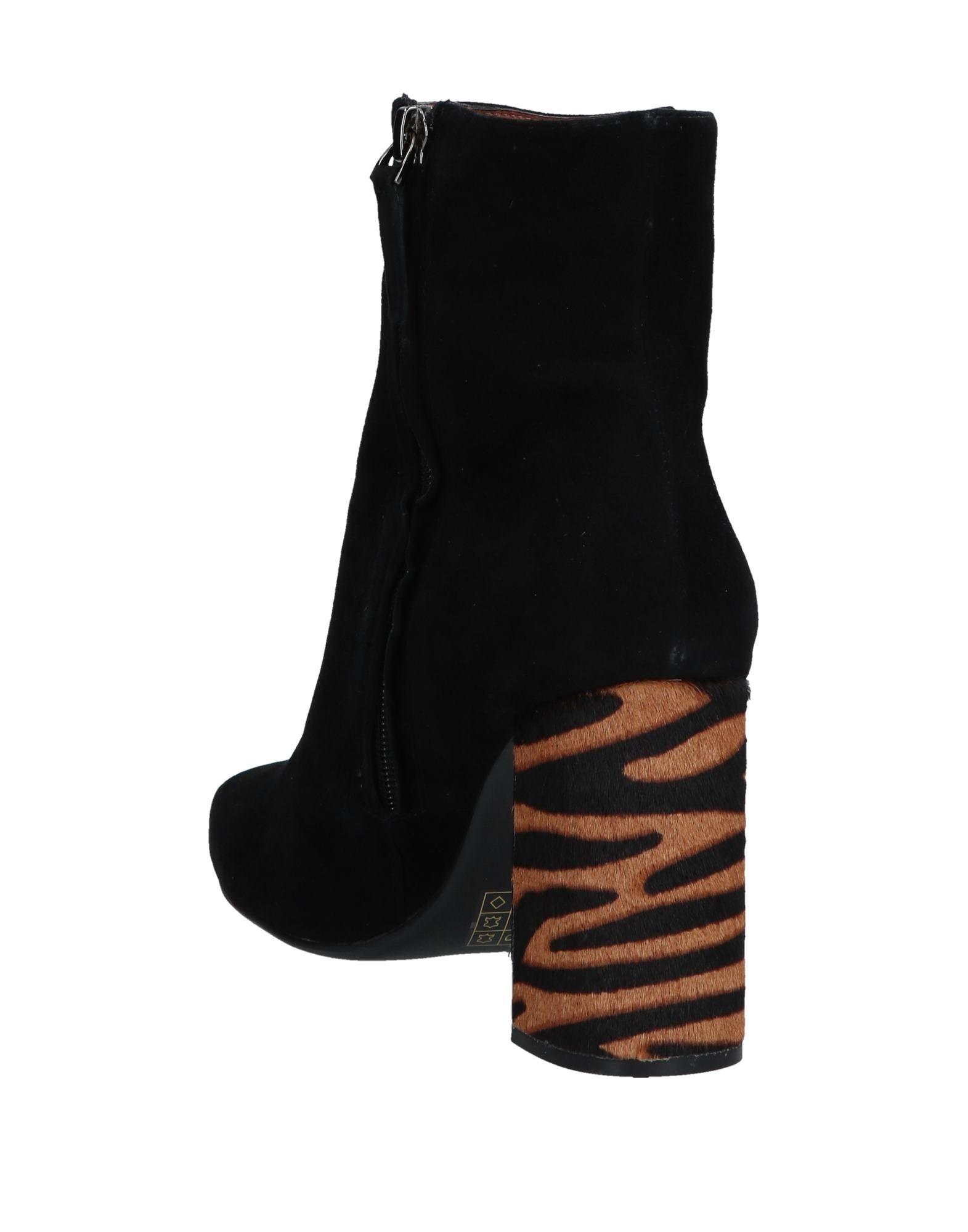 Stilvolle billige Damen Schuhe Lola Cruz Stiefelette Damen billige  11556139ON 921b93