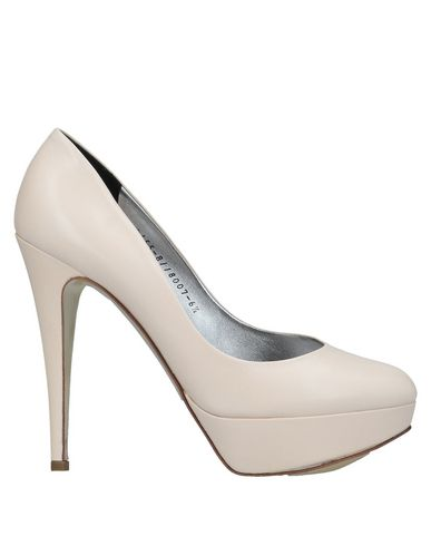 GINA Pumps in Ivory
