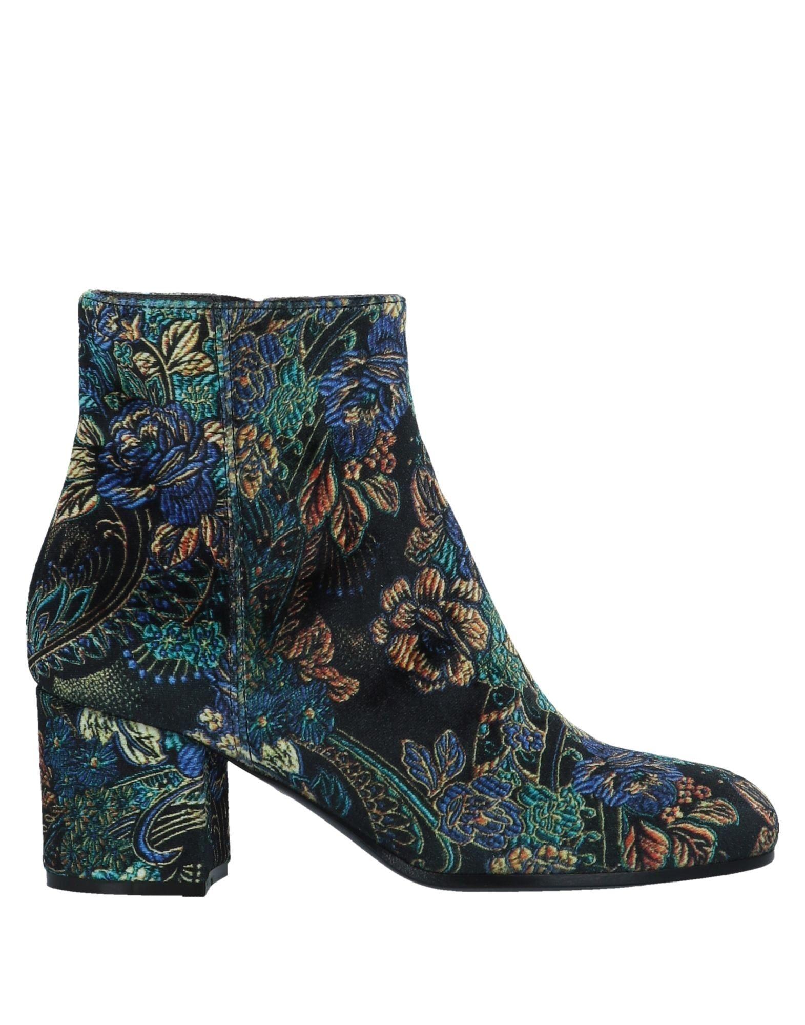 Via Roma 15 Ankle Boot - Women Via online Roma 15 Ankle Boots online Via on  Australia - 11560907NI 7798d3