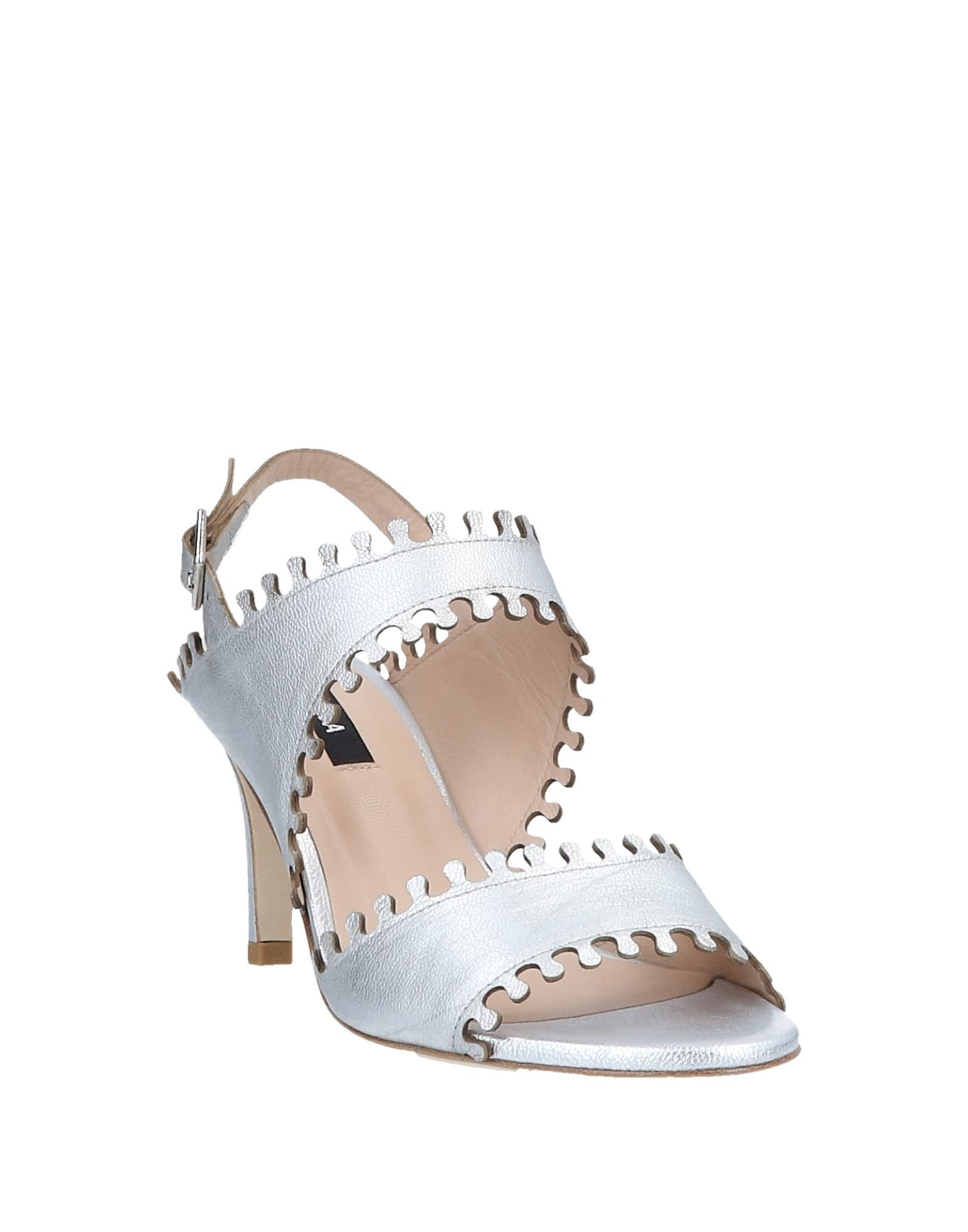 Zinda Zinda Zinda Sandals - Women Zinda Sandals online on  Canada - 11563179FP 8350d0