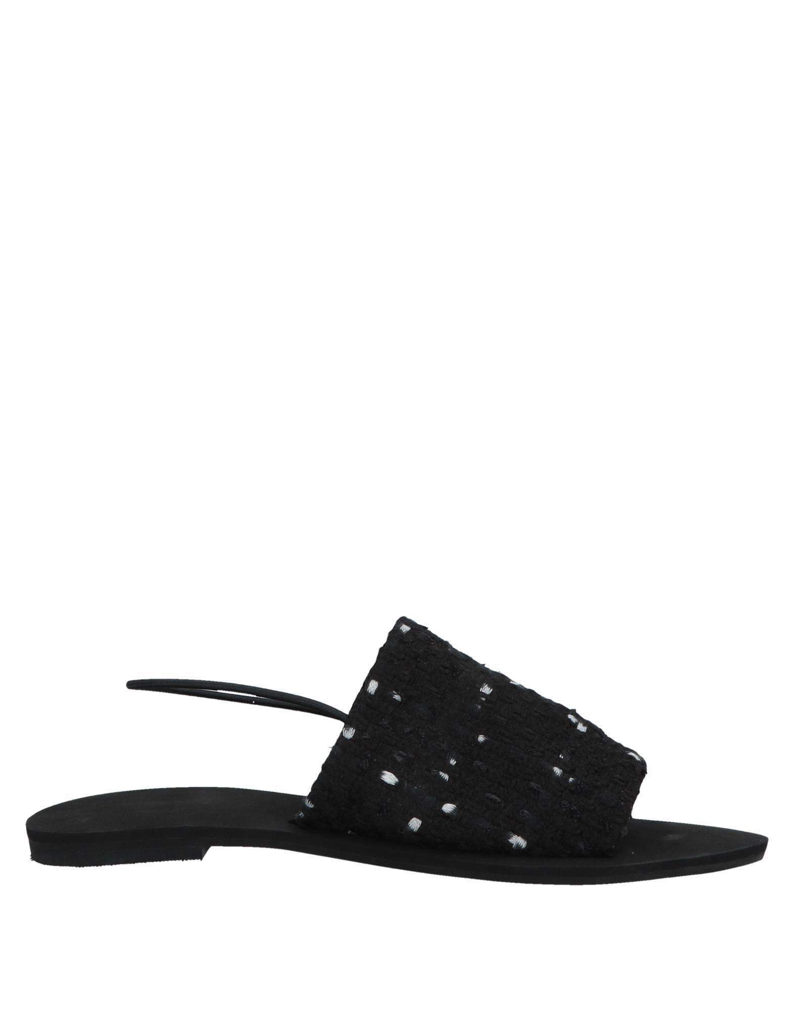Stivaletti Clarks offerte Donna - 11526024UH Nuove offerte Clarks e scarpe comode 69c66c