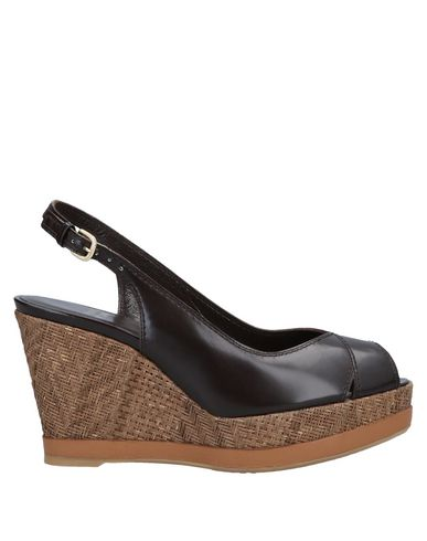 2219f18401a Stuart Weitzman Sandals - Women Stuart Weitzman Sandals online on ...