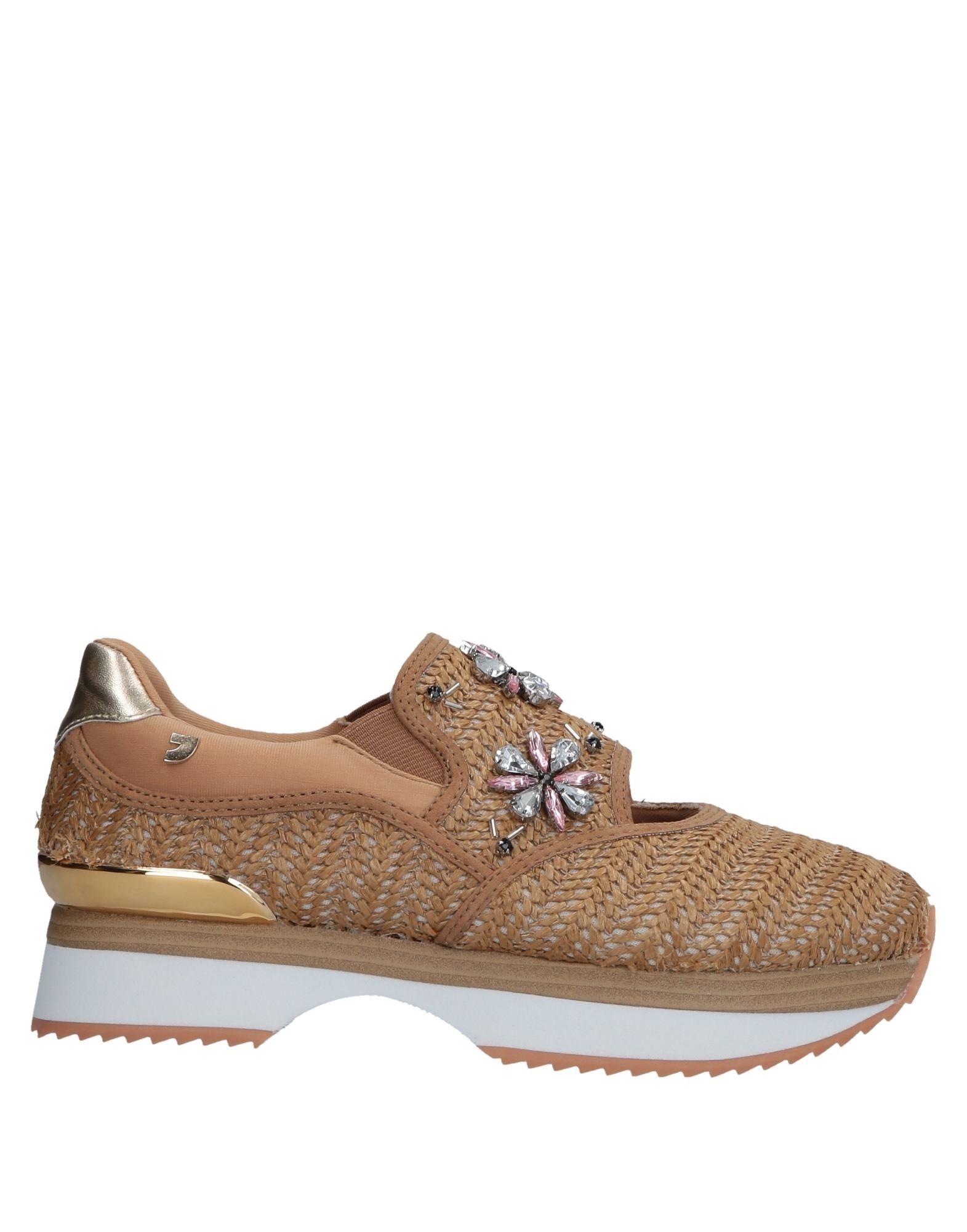 Gioseppo Sneakers - Women Gioseppo Canada Sneakers online on  Canada Gioseppo - 11575590WT 4f0201