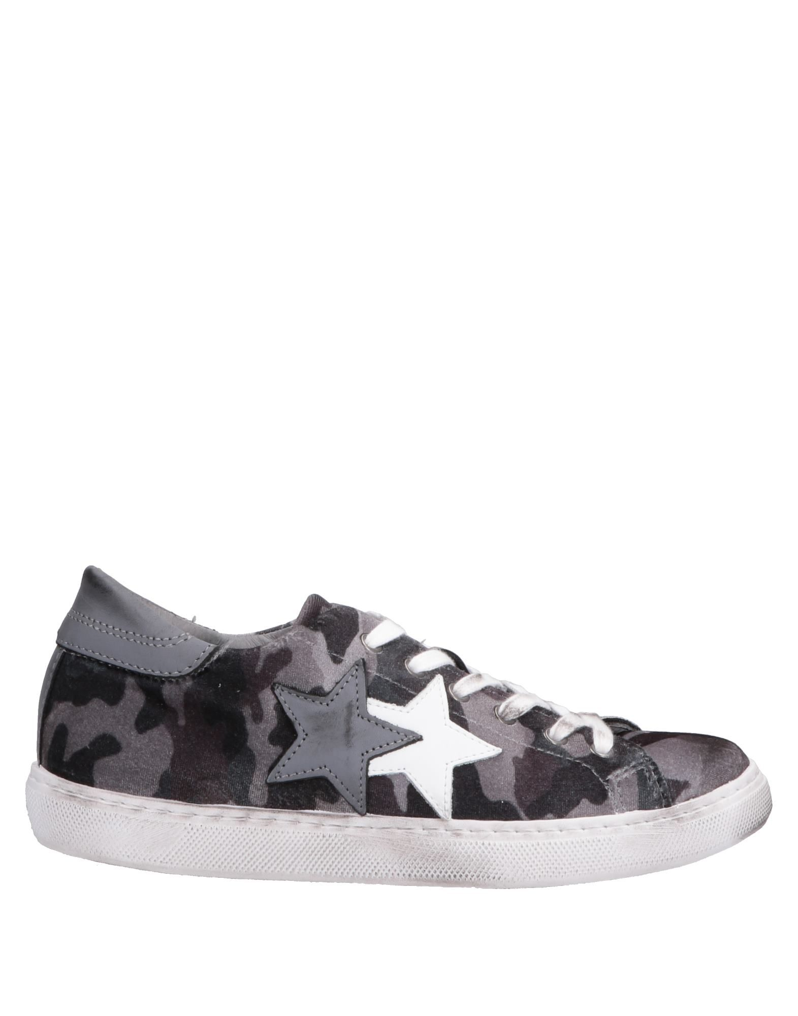 2Star Sneakers - Women 2Star Sneakers online on 11583796IN  United Kingdom - 11583796IN on 18519e