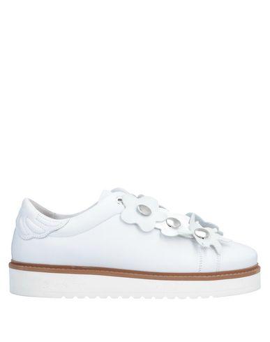 SVNTY Sneakers in White