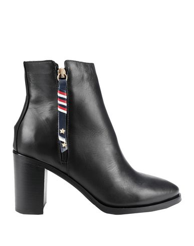 fccbec3a4894 Tommy Hilfiger Corporate Tassel Heeled Boot - Ankle Boot - Women ...