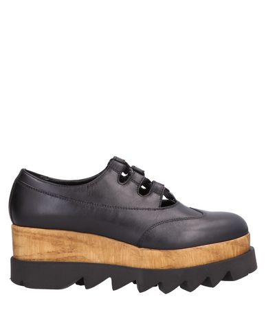 CULT - Chaussures à lacets