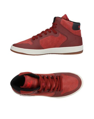 SUPRA Sneakers in Brick Red