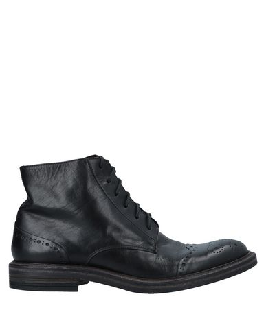 HUNDRED 100 Boots in Black