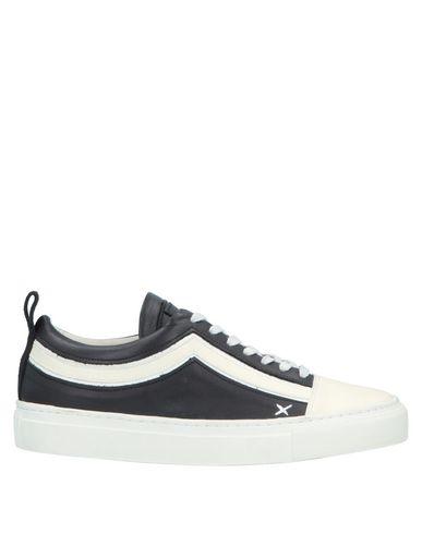 WIZE & OPE Sneakers in Dark Blue