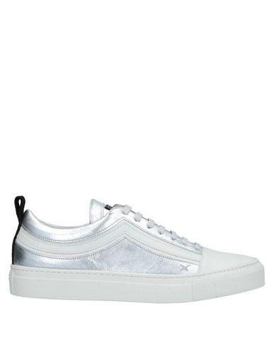 WIZE & OPE Sneakers in Silver