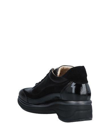 Noir Noir P Sneakers P Cesare P Cesare Cesare Sneakers Noir Sneakers nSxvPvaw