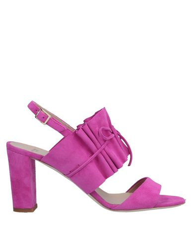 ALEXANDER WHITE Sandals in Fuchsia