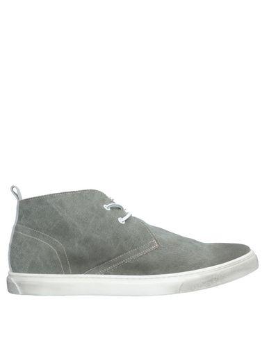 YLATI Boots in Grey