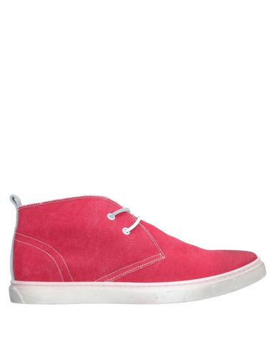YLATI Boots in Red