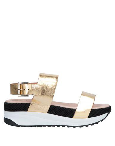KURT GEIGER Sandals in Gold