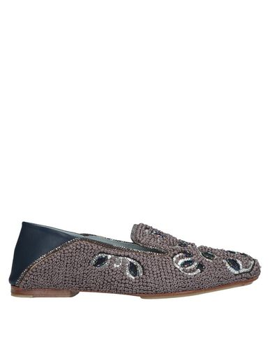 MEHER KAKALIA Loafers in Dove Grey