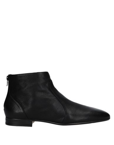 UNISA Ankle Boot in Black