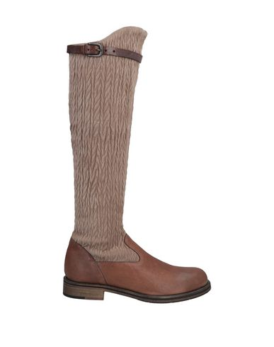 HENRY BEGUELIN Boots in Brown