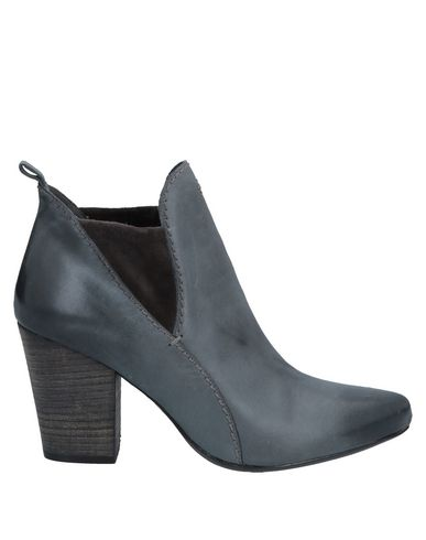HENRY BEGUELIN Ankle Boot in Lead