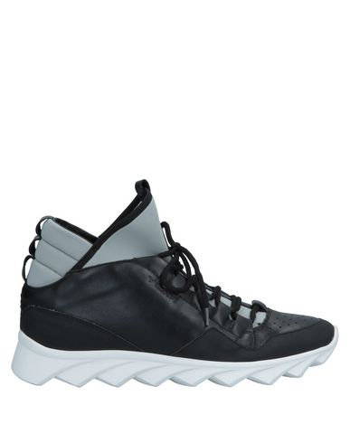 YLATI Sneakers in Black