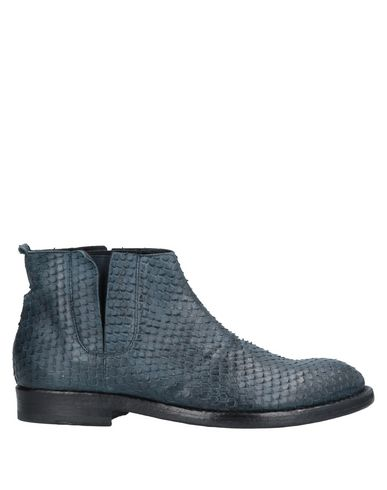 SEBOYS Boots in Blue