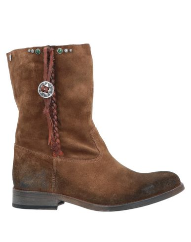 HTC Ankle Boot in Brown