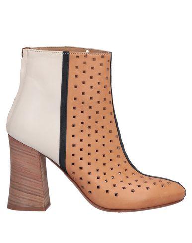 FIORIFRANCESI Ankle Boot in Tan