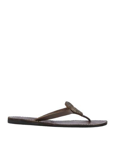 LAIDBACK LONDON Toe Strap Sandals in Cocoa