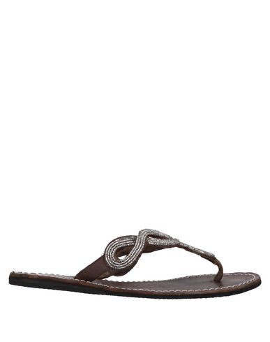 LAIDBACK LONDON Toe Strap Sandals in Silver
