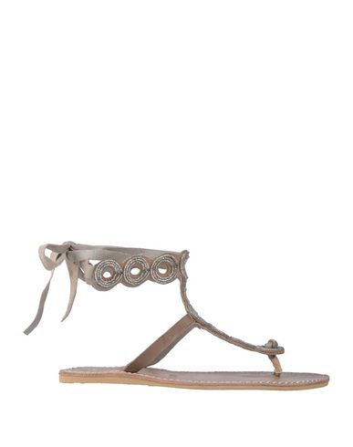 LAIDBACK LONDON Toe Strap Sandals in Light Brown