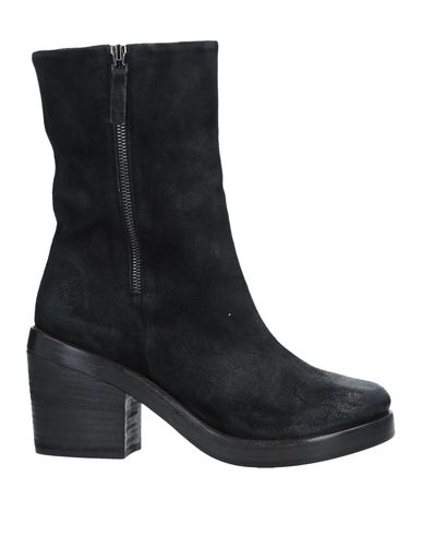 SETTIMA Ankle Boot in Black
