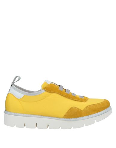 PÀNCHIC Sneakers in Yellow