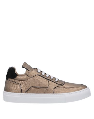 MARIANO DI VAIO Sneakers in Gold
