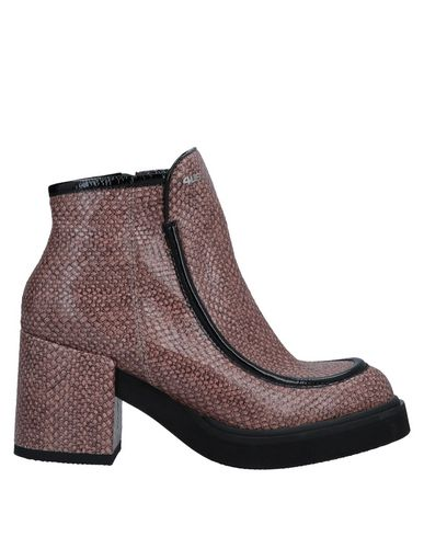 CESARE PACIOTTI 4US Ankle Boots in Light Brown