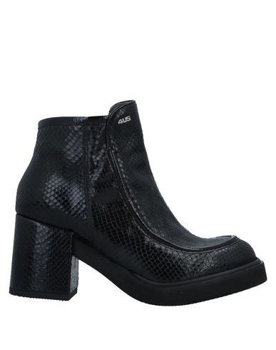 CESARE PACIOTTI 4US Ankle Boots in Black