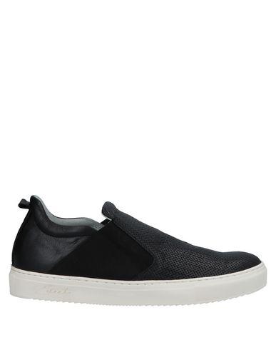 EVEET Loafers in Black