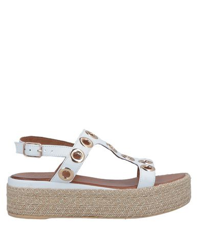 buy online 94921 0df06 Inuovo Sandals - Women Inuovo Sandals online Sandals ...