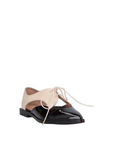 armani shoes outlet