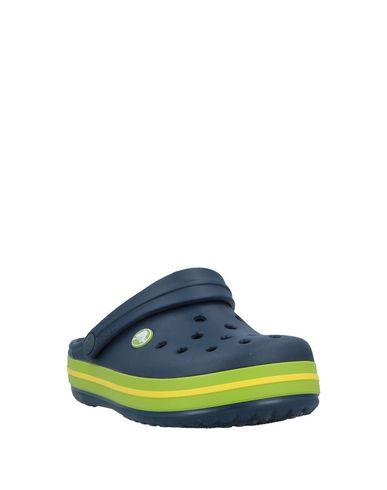 3ca71008b Crocs Beach Footwear Girl 3-8 years online on YOOX Netherlands