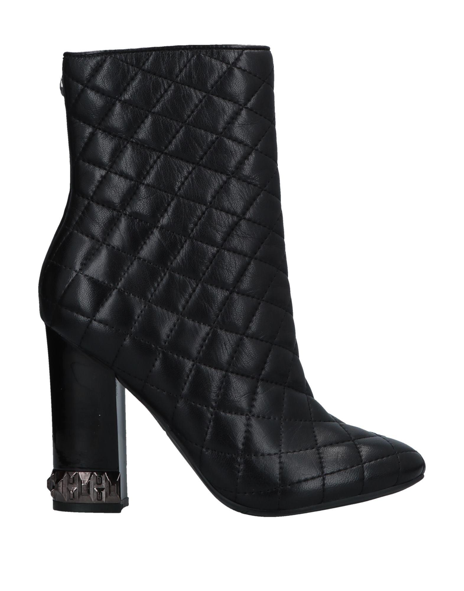 Stivaletti Guess donna - 11699868WW 11699868WW  präsentiert die neuesten High Street Fashion