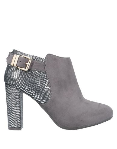 XTI Ankle boot , Footwear