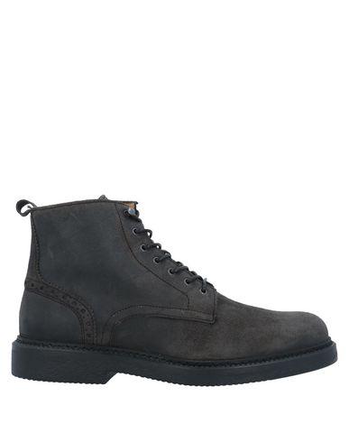 Barracuda Boots In Steel Grey