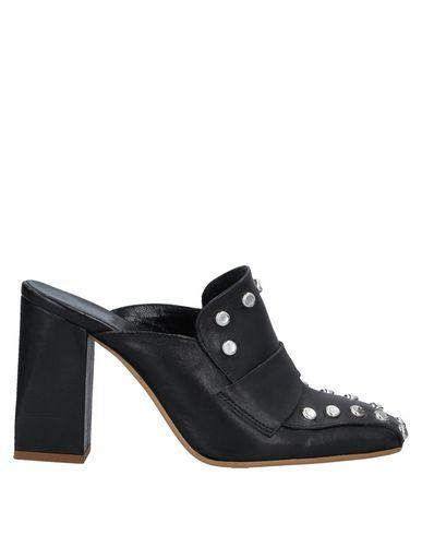 Alysi Mules And Clogs In Black