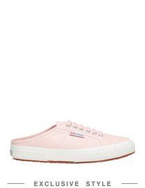 Sneakers donna: alte, basse, slip on, con o senza zeppa
