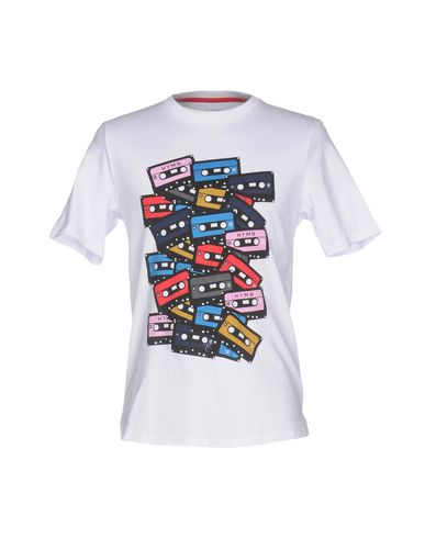 HYMNTシャツ